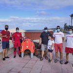 Demostracion dolphin 1 con cruz roja en Cadiz